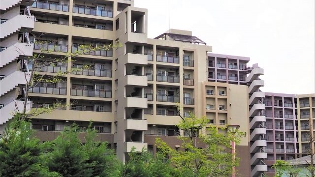"""<span class=""""title"""">港区内販売中のマンション情報(抜粋)   </span>"""